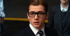 Belated Man Crush Monday: Taron Egerton Watch him in the latest trailer for 'Kingsman: The Secret Service' HERE Taron Egerton Kingsman, Eggsy Kingsman, Kingsman Film, The Kingsman, Kingsman Suits, Kingsman The Secret Service, Kings Man, British, Tonne