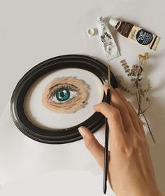 Eye Painting, Over Ear Headphones, Posts, Eyes, Nice, Messages, In Ear Headphones, Nice France