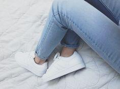 Seis dicas para limpar o tênis branco