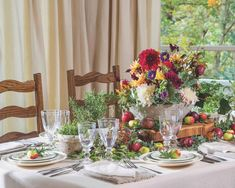 Fall Recipes, Dinner Recipes, Southern Ladies, Fall Table, Old World Charm, Autumn Inspiration, Tablescapes, Fall Decor, Table Settings