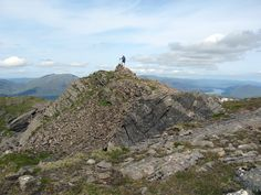 Gordon on Stob Choire Sgriodan which is reached from Fersit, near Roy Bridge. Climb with Chno Dearg to make a good day out! Scottish Mountains, Cairngorms National Park, Northern England, Days Out, B & B, Wonderful Places, Climbing, Scotland, Trail