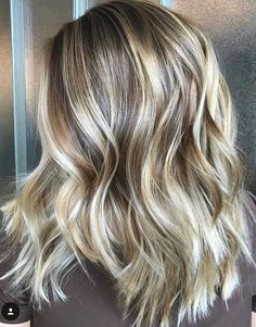 Blonde And Brown Foiled Hair Blonde Foils, Hair Foils, Hair Color Balayage, Hair Highlights, Fall Blonde Hair, Spring Hairstyles, Weave Hairstyles, School Hairstyles, Everyday Hairstyles