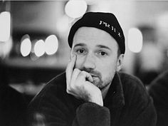 David Fincher talks about finding the right balance as a director to tell your story the best way possible, using all departments in its best capacity, actors included. David Fincher, Best Director, Film Director, Seven 1995, Fight Club 1999, Werner Herzog, Millenium, Leagues Under The Sea, Gone Girl