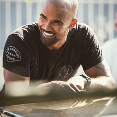"""32.7k Likes, 364 Comments - Shemar Moore (@shemarfmoore) on Instagram: """"Homies, Fans, n BabyGirls!! I hope you all had a great weekend.... But now it's time to get…"""""""