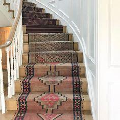 Farmhouse staircase runner home 50 trendy ideas Diy Carpet, Rugs On Carpet, Carpet Ideas, Carpets, Beige Carpet, Carpet Trends, Wool Carpet, Lofts, Stairs