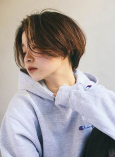 Asian Short Hair, Girl Short Hair, Short Hair Cuts, Korean Short Haircut, Short Hair Tomboy, Tomboy Hairstyles, Hairstyles Haircuts, Pretty Hairstyles, Shot Hair Styles