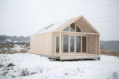 Готовые объекты домов из лиственницы House Floor Plans, Tiny House, Shed, Outdoor Structures, Exterior, Interior Design, Projects, Architects, Cabins