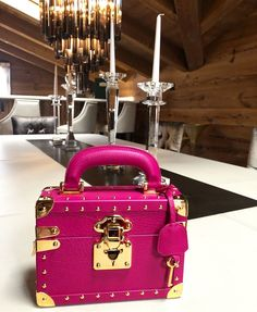 4ab676bef61 16 Best Cardinalno images in 2018   Couture bags, Designer handbags ...