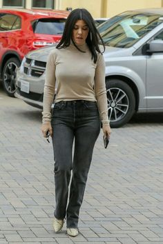 There is 1 tip to buy top, pants, celebrity, kourtney kardashian, fall outfits. Kardashian Style, Kardashian Jenner, Kourtney Kardashian, Kendall Jenner, Fall Winter Outfits, Autumn Winter Fashion, Winter Clothes, Winter Style, Love Her Style