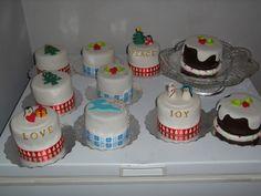 """4"""" cakes"""