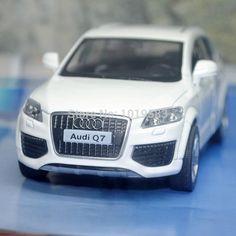 Brand New UNI 1/36 Scale Car Model Toys AUDI Q7 SUV Diecast Metal Pull Back Car Toy
