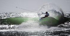kite (Luke McGillewie) kitesurfing, waves,ocean