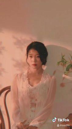 Korean Song Lyrics, Korean Drama Songs, Korean Drama Best, Korean Actresses, Korean Actors, Kpop Girl Groups, Kpop Girls, Iu Hair, Dance Kpop