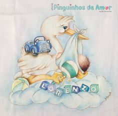 Pintura em fralda - Cegonha com bebezinho Lorenzo. https://www.facebook.com/590226697750885/photos/?tab=album&album_id=991385084301709