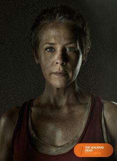 "Melissa McBride é ""Carol"".  The Walking Dead - Terça 22.15  #TWD3NAFOX #TERRORNAFOX Confira conteúdo exclusivo no www.foxplay.com"
