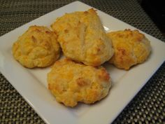 Low carb fluffy biscuits