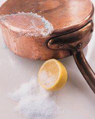 Polishing copper with lemon and salt
