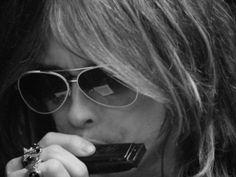 Steven Tyler......Amazing on harmonica! LA
