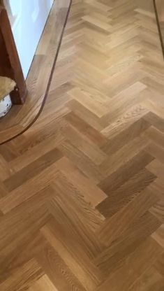 Linoleum Flooring, Engineered Hardwood Flooring, Vinyl Plank Flooring, Wooden Flooring, Light Wood Flooring, Vinyl Wood Planks, Wood Floor Pattern, Wood Floor Design, Herringbone Wood Floor