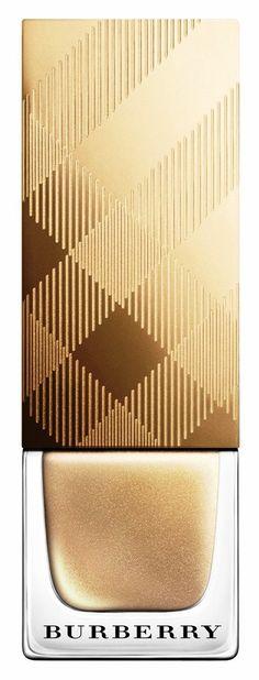 Gold nail polish - Gold Lights - Ideas of Gold Lights Gold Nail Polish, Gold Nails, Gold Glitter, Beautiful Nail Art, Gorgeous Nails, Cute Nails, Pretty Nails, Hair And Nails, My Nails