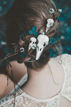 Картинка с тегом «skull, hair, and vintage»