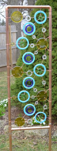 Funky Junky Garden Sculpture/Trellis this could be made with old metal porch post, add glass and copper. Garden Whimsy, Diy Garden, Garden Trellis, Garden Crafts, Garden Projects, Upcycled Garden, Garden Junk, Garden Gate, Garden Sheds