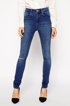 ASOS Ridley Jeans in Mount Eden Wash with Ripped Knee