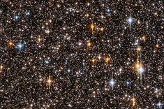 O telescópio Hubble capturou esta vista densa de mais de 150.000 estrelas em fevereiro de 2004.