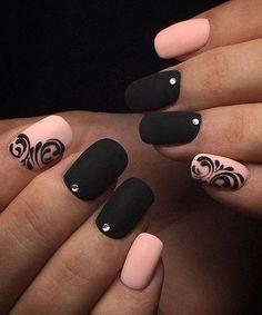 Stunning Jeweled Nail Art Designs for Prom #NailJewels #JeweledNails