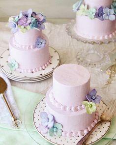 lavender honey mini cakes + honey buttercream filling + whipped vanilla frosting