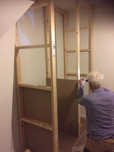 Alcove Cupboards, Built In Cabinets, Wardrobe Closet, Closet Bedroom, Diy Built In Wardrobes, Build A Closet, Home Upgrades, Diy Frame, Home Staging