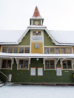The beautiful wooden railway station in Kauniainen, Finland Visit Helsinki, Trains, Scandinavian, Child, Cabin, History, Architecture, House Styles, Building