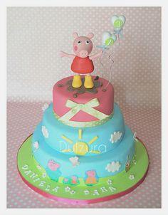 Peppa Pig Cake - (dulzurayamore.blogspot)