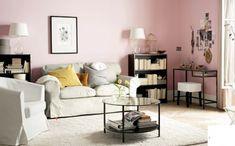 Wohnzimmer Design Ikea 2015 - Katalog Der Schreibtisch in Kombi mit dem Hocker rechts in der ecke