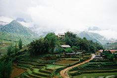#自然 が豊かな #東南アジア の国々。 そんな東南アジアは #エコツーリズム にとっても積極的に取り組んでいるんです。 忘れられない想い出を作りに東南アジアのエコツーリズム、体験してみませんか? Asia, Mountains, World, Nature, Travel, Naturaleza, Viajes, Destinations, The World