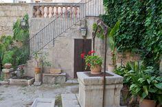 Mallorca, Arab baths    Photo by ConnyvdHvL