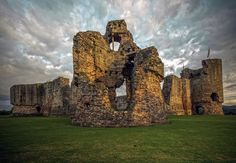 Rhuddlan Castle   in 33 Welsh castles that are pretty much the best thing history ever did