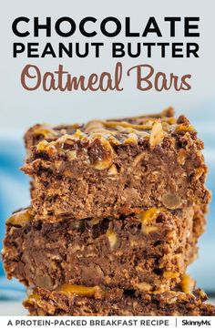 Chocolate Peanut Butter Oatmeal Bars - Whether you're looking to kick-start, power through, or wind down your day with a sweet treat, these chocolate peanut butter bars are the perfect healthy indulgence. Good for breakfast, snacks, or dessert, you really can't go wrong with this sweet treat! #highprotein #breakfastrecipes #easyrecipes #peanutbutterrecipes #oatmealbarrecipes #breakfastbarrecipe #chocolatepeanutbutter