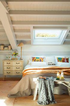 Galleria foto - Come arredare la camera da letto in mansarda Foto 10