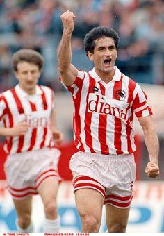 Παναγιώτης ''Γιώτης'' Τσαλουχιδης. Βέρροια. Ημαθίας. Κεντρική Μακεδονία. Ελλάδα. (30/03/1963). Επιθετικός μέσος. (1987-1995). (235 συμμετοχές - 64 goal). Football, History, Sports, Passion, Tops, Red, Soccer, Hs Sports, Futbol