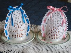 Crochet everything. Easter Cross, Easter Art, Easter Eggs, Crochet Symbols, Crochet Patterns, Crochet Placemats, Crochet Embellishments, Diy Ostern, Easter Projects