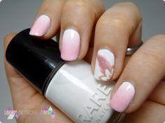 Pink gradient nail art. Degradado rosa blanco. Hagamos Nails. #gradient #nailart #flower #plume #pink #hagamosnails #blogger