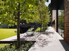 Ideas for backyard deck modern terraces Outdoor Rooms, Outdoor Gardens, Outdoor Living, Garden Architecture, Modern Landscaping, Diy Pergola, Pergola Kits, Decks, Garden Inspiration
