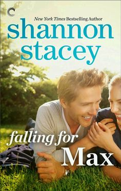 FALLING FOR MAX, SERIE FAMILIA KOWALSKY 3, SHANNON STACEY http://bookadictas.blogspot.com/search?updated-max=2014-08-26T00:13:00-04:30