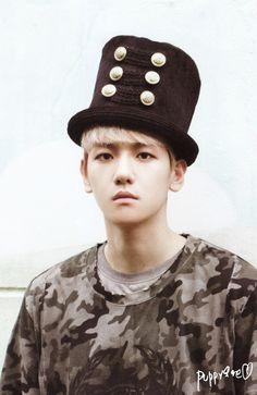 Baekhyun... not diggin' the hat, but definitely diggin' you ;) <3