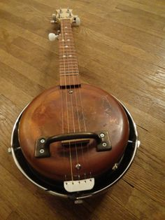 5 String Frying Pan Banjo with Hub Cap Resonator