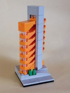 mantis_toys used the newer brick separator to create an office building. The orange separators are connected by 1x1 transparent round plates, and when stacked