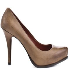 Luxury Rebel brings you a desirable pump that you'll want to wear with everything.  Sakura 4 has a tan distressed leather upper with a 3/4 inch hidden platform.  This closed toe style has a 4 1/2 inch heel perfect for work or play!