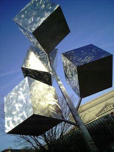 swiveling cubes sculpture by loojie, via Flickr