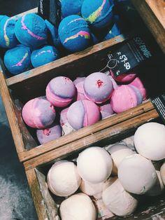 Lush. Bath bomb. Tumblr simple easy creative photography. Photography ideas